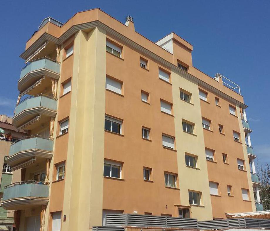 Rehabilitación de fachadas Perímetro 5.